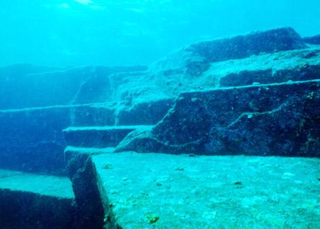 """日本科学家称发现""""水下金字塔"""",是古文明废墟还是自然奇观仍有争议"""