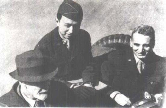 CCTV.com-1945年,钱学森、冯卡门(右一)、普